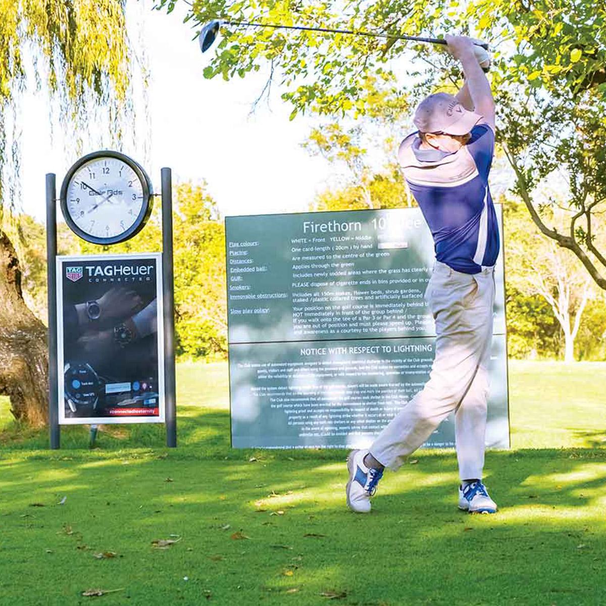 Golf Ads Back